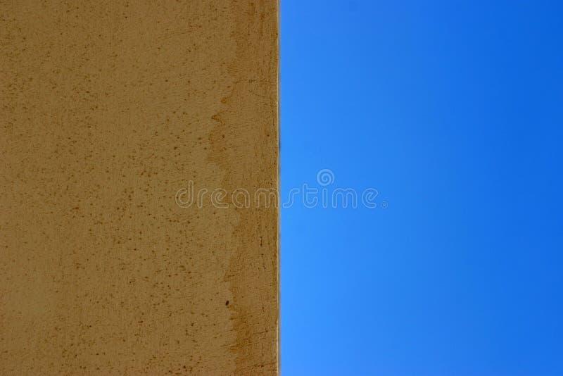połowa niebo ściany obrazy stock
