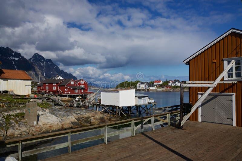 Połowu schronienie na Lofoten fotografia stock