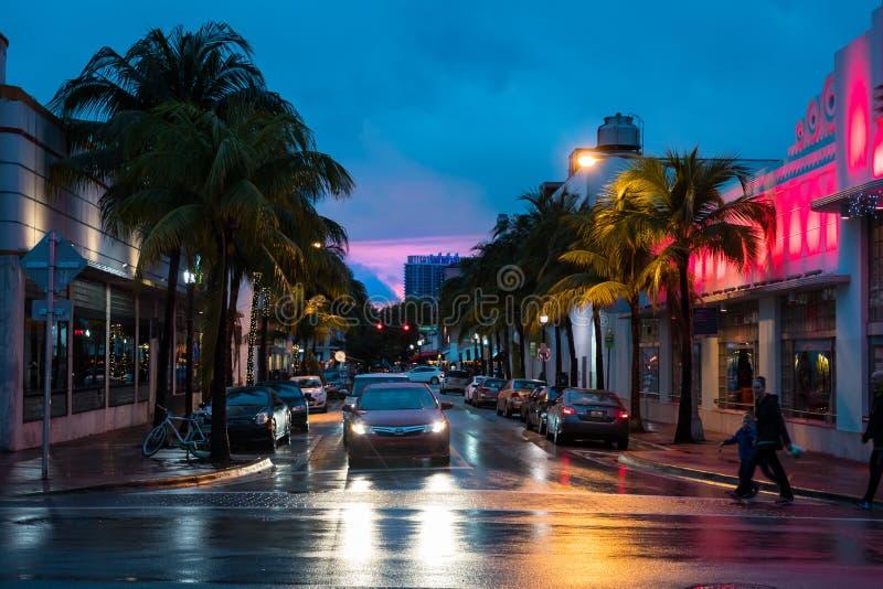 Południe Plażowy miastowy zmierzch w Miami Floryda usa fotografia stock