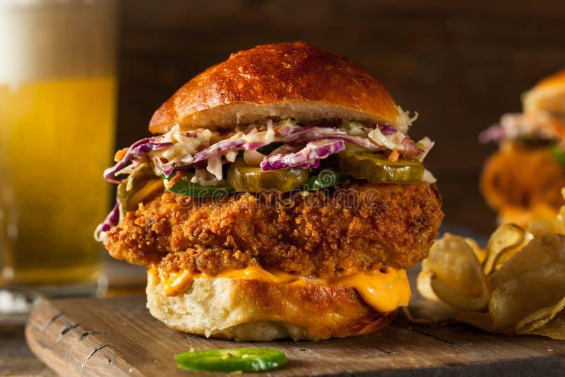 Południowa kraju pieczonego kurczaka kanapka fotografia stock