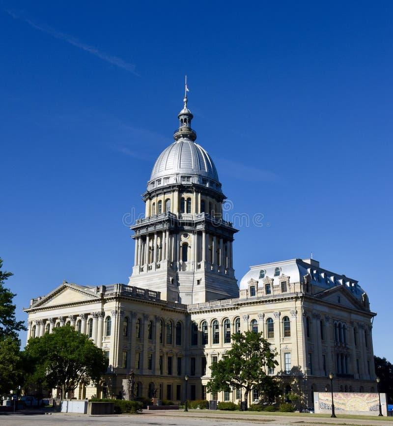 Południowo-wschodni widok Illinois stanu Capitol obrazy stock