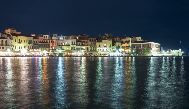 Południowy Crete krajobraz, GreeceHouses wzdłuż Chania bulwaru przy nocą, Crete, Grecja zdjęcia stock