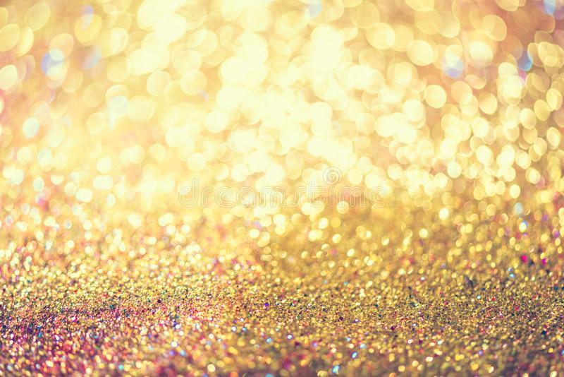 Połyskuje złocistego bokeh Colorfull Zamazującego abstrakcjonistycznego tło dla bir zdjęcia stock