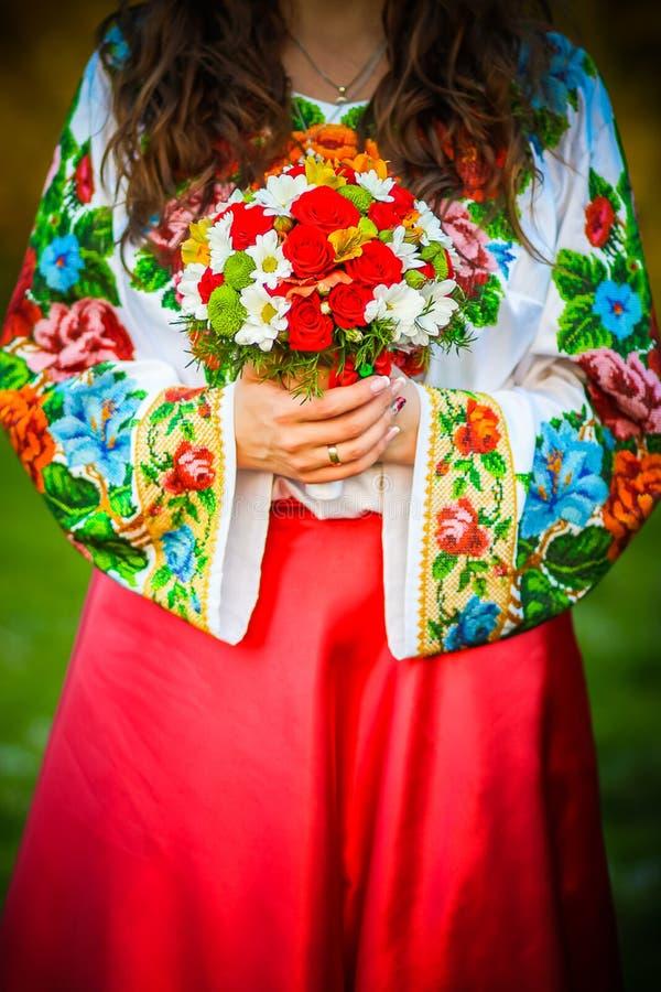 Download Poślubić kwiatów obraz stock. Obraz złożonej z płatek - 53789799