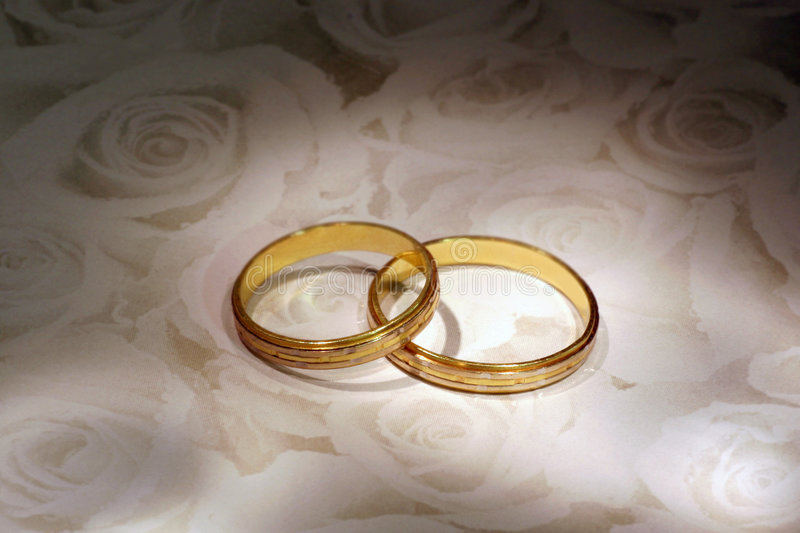 poślubić pierścieni obraz stock