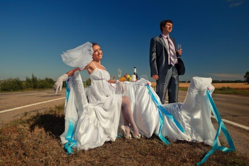 Poślubiać na drodze zdjęcie stock