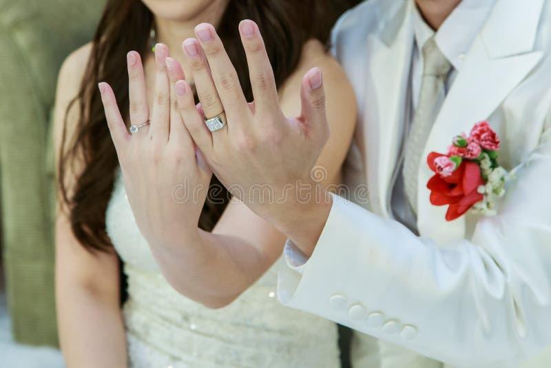 Poślubiać, obrączka ślubna, zobowiązanie obraz stock