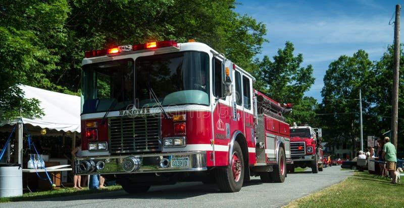 pożarnicze parady miasteczka ciężarówki zdjęcia stock