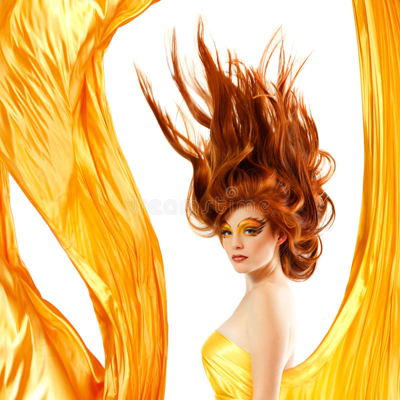Pożarniczej nastolatek dziewczyny piękny czerwony włosy obraz royalty free