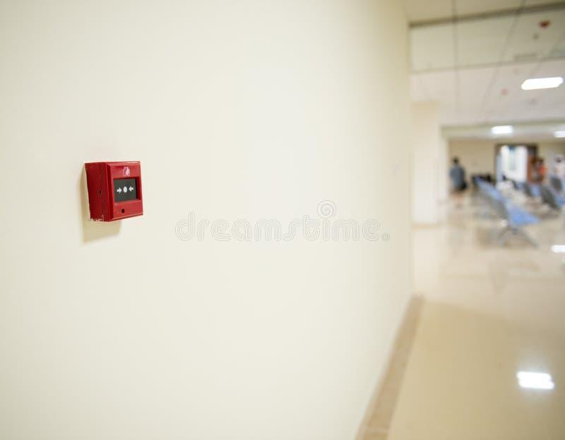 Pożarniczy alarm na ścianie obraz royalty free