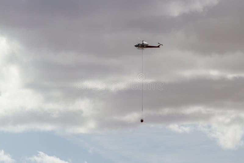 Pożarniczy helikopter obrazy royalty free