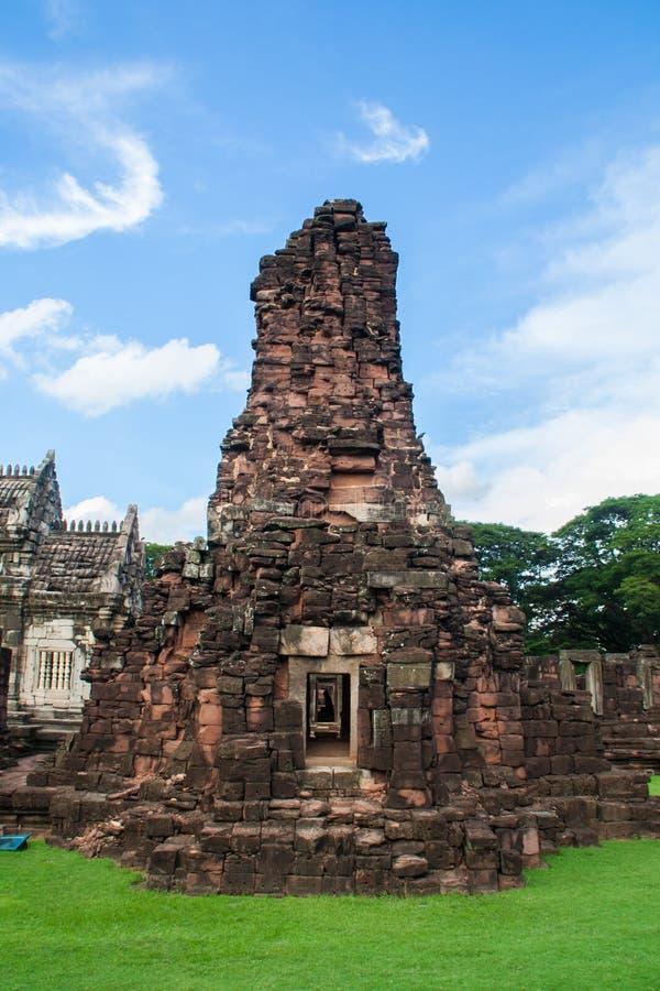 Po drugie Kamienny kasztel Phimai Dziejowy park fotografia stock