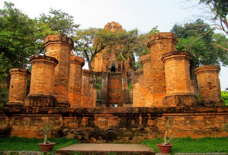 Po Nagar świątyni wierza ruiny w Wietnam, Azja zdjęcia stock