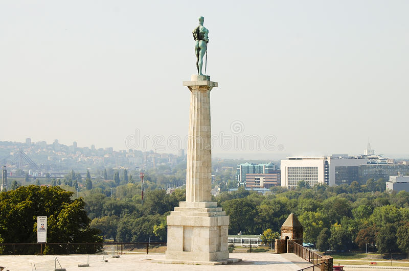 Pobednik monument - Belgrade - Serbien royaltyfria bilder