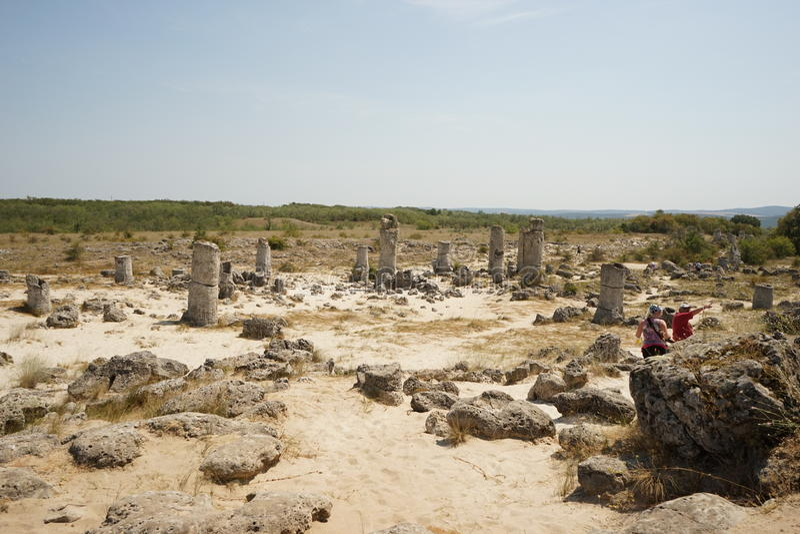 Pobiti Kamani каменная пустыня, похожее на пустын явление утеса стоковая фотография