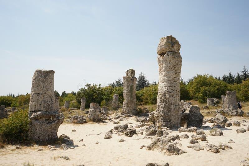 Pobiti Kamani le désert en pierre, un phénomène comme un désert de roche situé dans la Bulgarie image stock