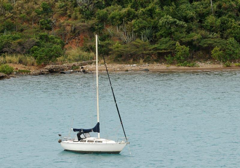 pobliski wyspa jacht zdjęcia royalty free
