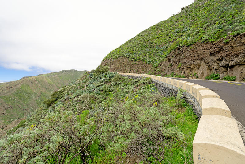 Pobocze przy górami Majorka Hiszpania fotografia stock