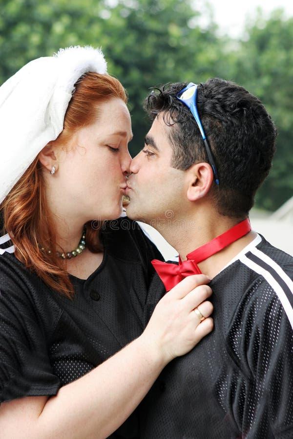 Pocałunek Dnia ślubu Obrazy Stock