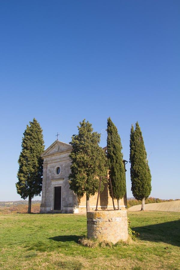 Poca capilla de Madonna di Vitaleta imagen de archivo