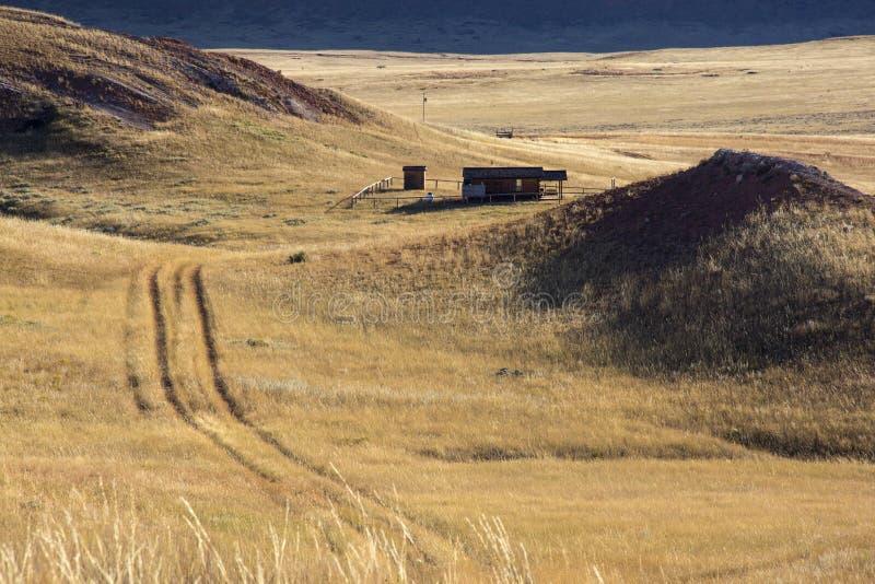 Poca casa en la pradera imagenes de archivo