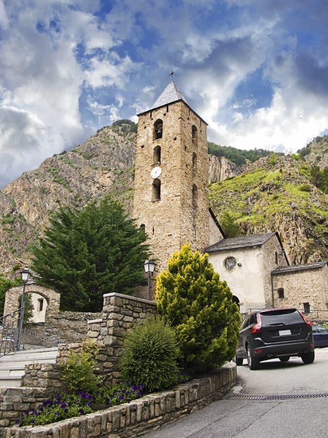 Poca iglesia antigua en Andorra imágenes de archivo libres de regalías