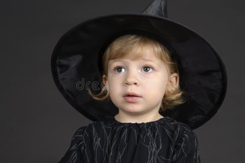 Poca strega di Halloween fotografie stock libere da diritti