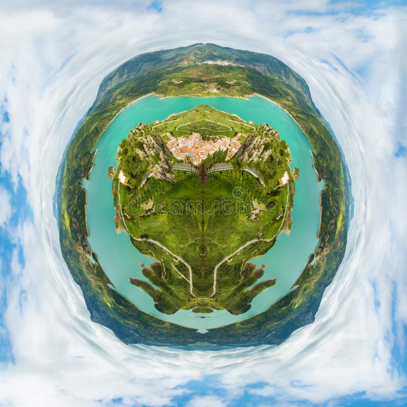 Poca tierra del planeta fotografía de archivo libre de regalías