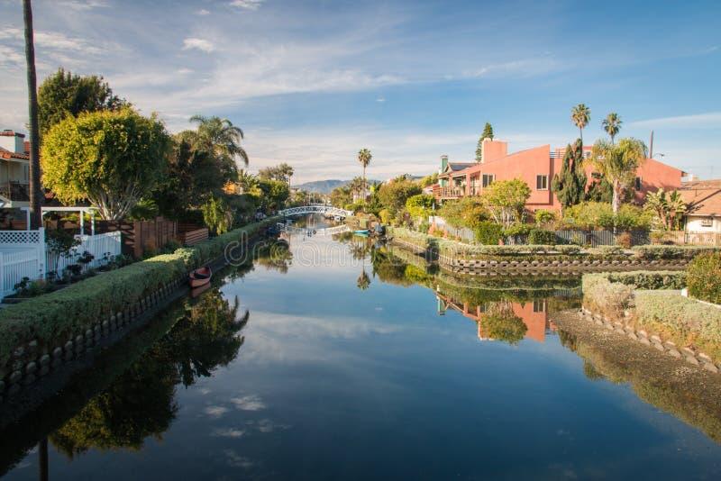 POCA VENEZIA, CALIFORNIA, U.S.A. - GENNAIO 2017 Camere e ponte immagini stock