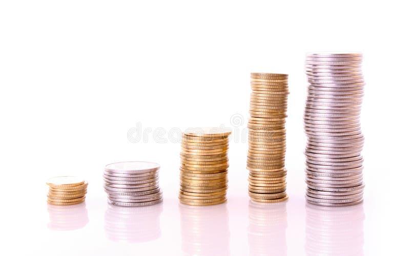 Pocas columnas de la moneda aislaron fotos de archivo