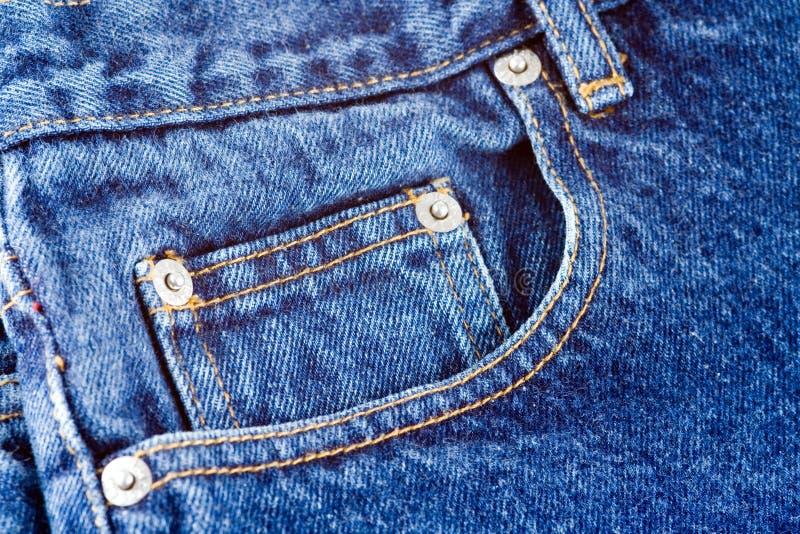 Download Poche de jeans image stock. Image du point, denim, occasionnel - 744135