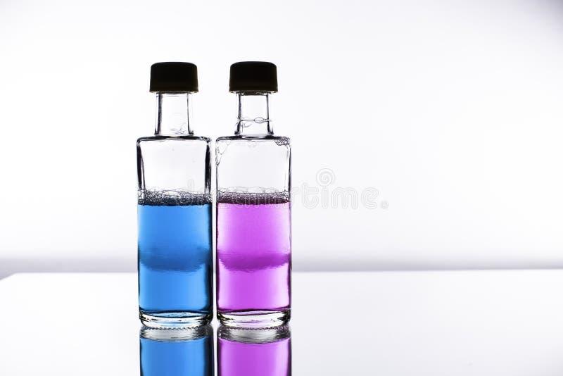 Poción de amor - las sustancias químicas de la selección de sexo imagen de archivo libre de regalías