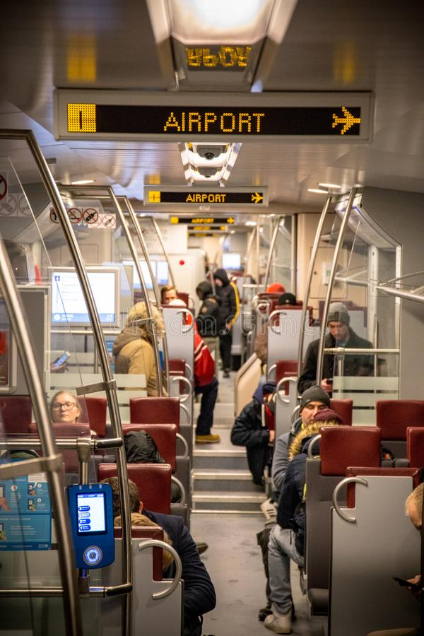 Pociągów następnie przerwa jest lotniskowa fotografia royalty free