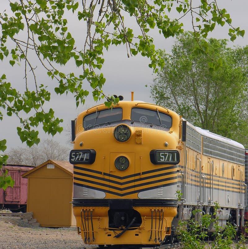 pociąg 1 żółty obraz royalty free