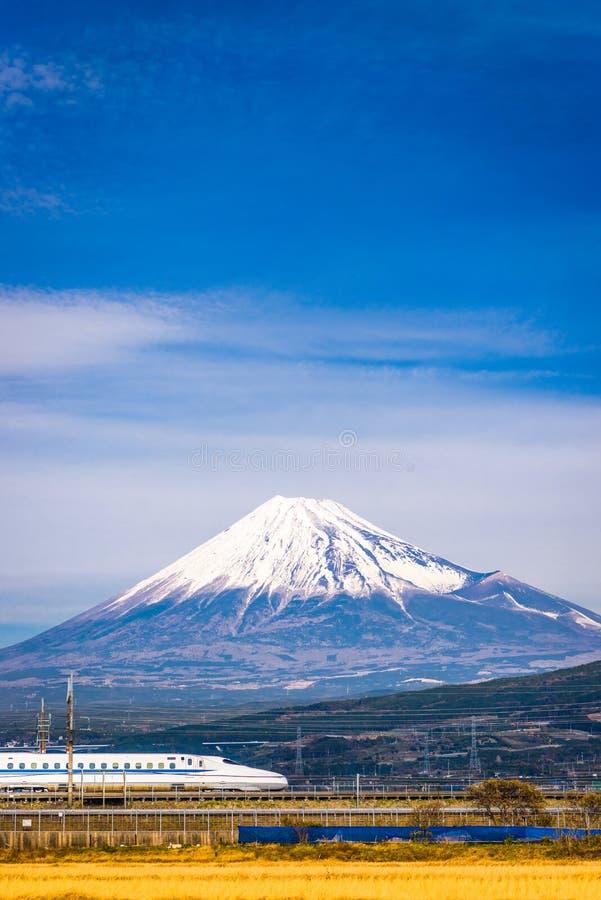 Pociąg i Fuji fotografia royalty free