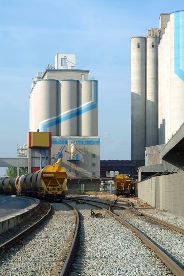 pociąg silosu zbóż zdjęcie stock