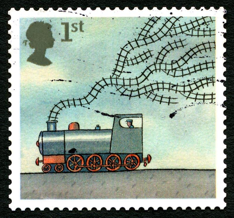 Pociągu i śladów UK znaczek pocztowy zdjęcia royalty free