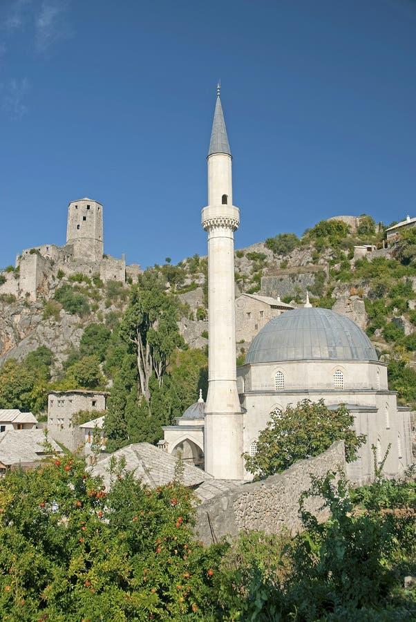 Pocitelj by nära mostar i Bosnien - herzegovina royaltyfri fotografi