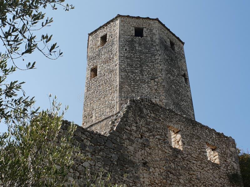 Pocitelj slott i Bosnien och Hercegovina royaltyfria bilder