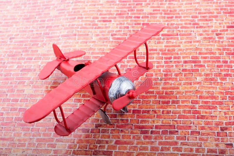 Poco aeroplano di modello del metallo fotografia stock libera da diritti