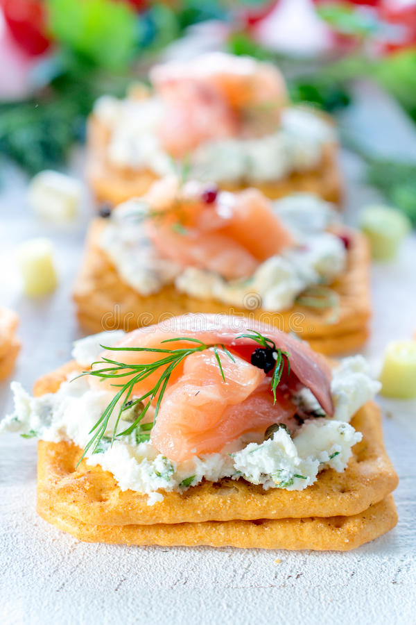 Poco aperitivo di color salmone fotografia stock