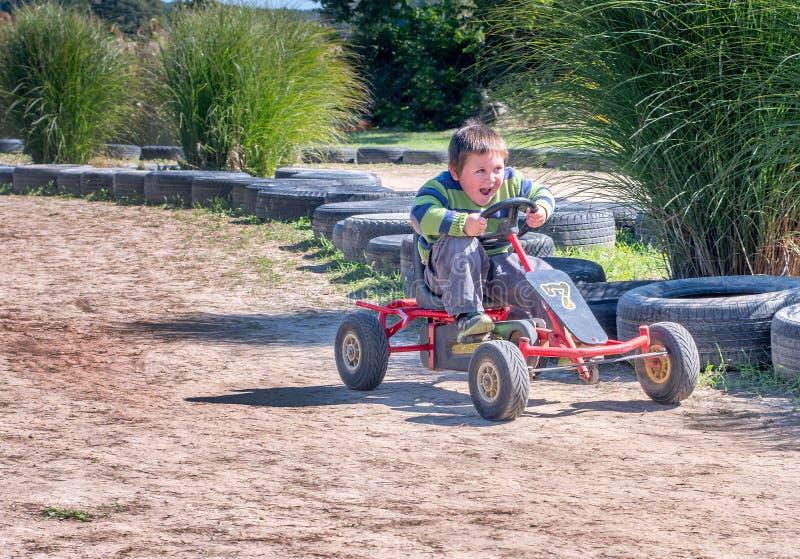 Poco corredor de la velocidad en un coche del pedal imagen de archivo libre de regalías