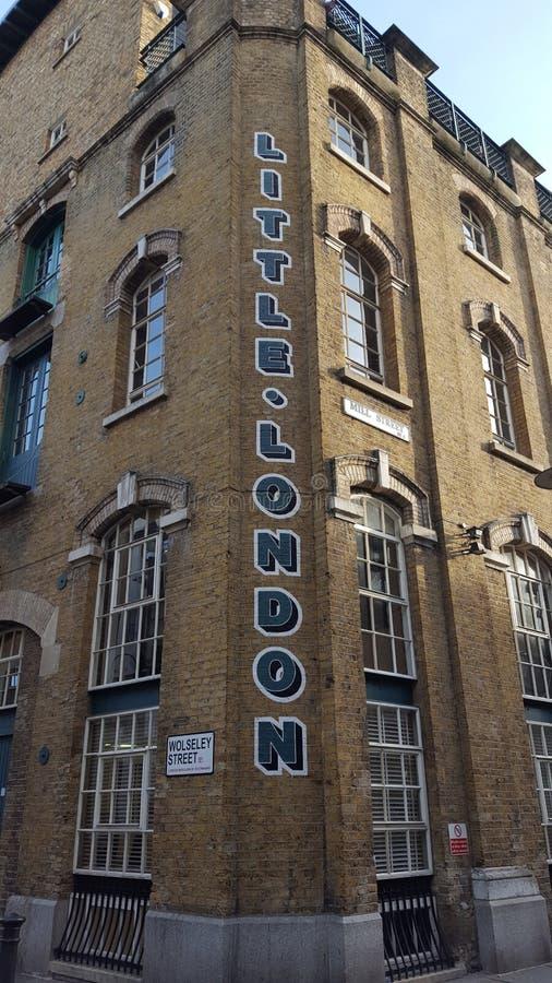 Poco edificio de Londres imágenes de archivo libres de regalías