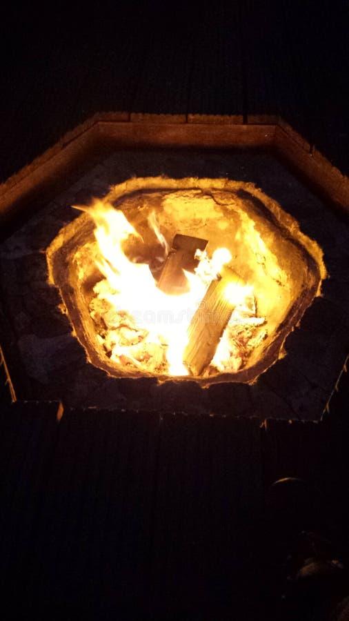 Poco fuego fotos de archivo