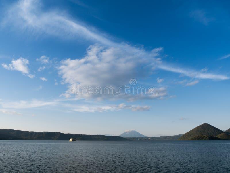 Poco Fuji y Toya Lake imágenes de archivo libres de regalías