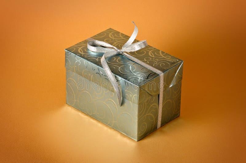 Download Poco regalo immagine stock. Immagine di festa, premio - 7309863