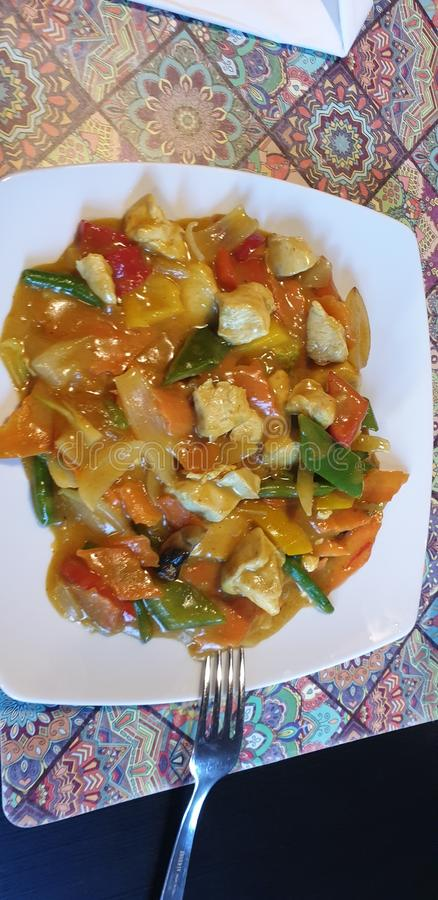 Poco restaurante de Hanoi en la comida tailandesa de Rumania del timisoara fotografía de archivo