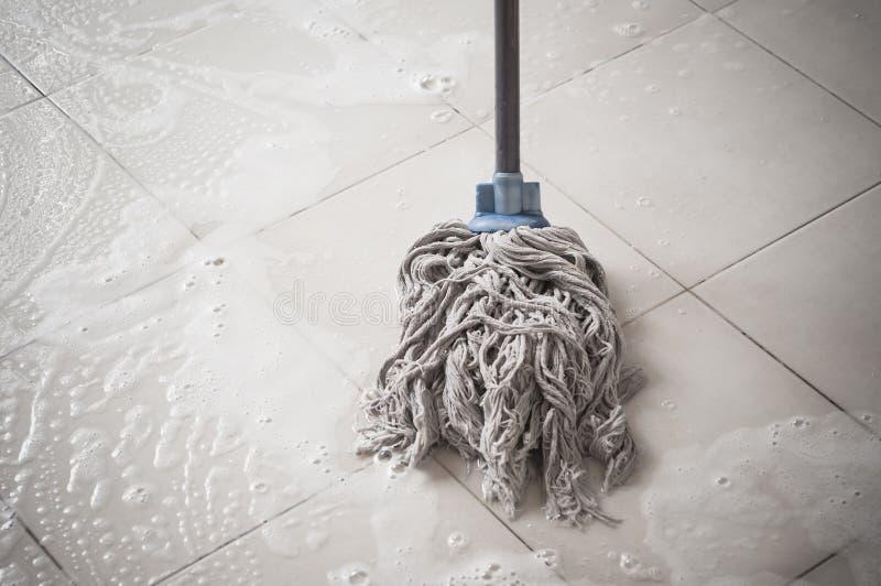 Podłogowy cleaning zdjęcia royalty free