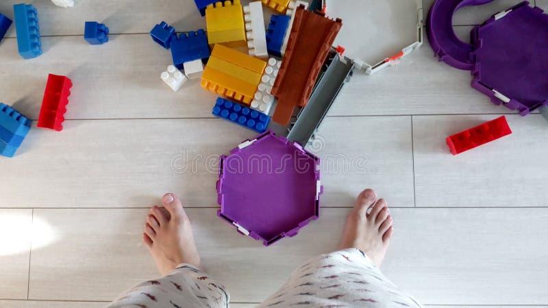 Podłogowy dziecko pokoju wnętrze Zabawka dzieciaków odgórny widok zdjęcia stock