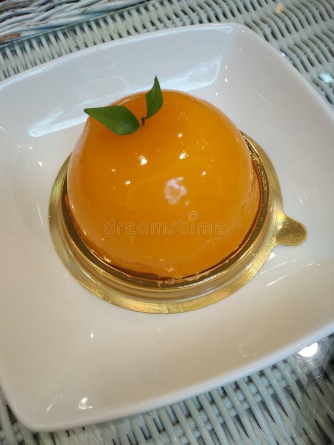 Podśmietanie, miękka część i słodkiej pomarańcze tort, fotografia royalty free